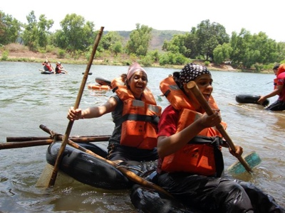 Corporate Offsite • River Raft Building